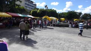 preview picture of video 'Guatemala City - Parque Central on New Year's Day'