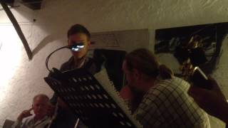 preview picture of video 'Geoff Evans and his friends jamming at Sa Taronja in Andratx, Mallorca'