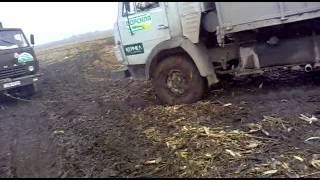 камаз в грязи
