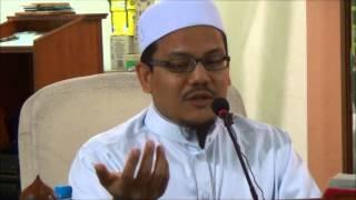 Gambar cover Ustaz Muhammad Nazmi Karim: Bekas musuh Islam yg ditangisi kematiannya