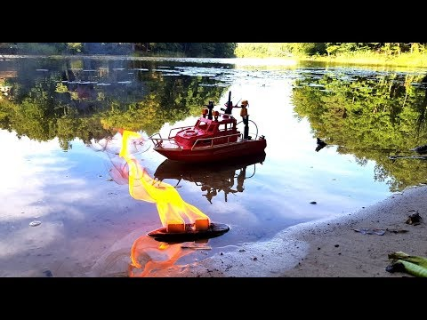 Playmobil RC Feuerwehrboot in Action - Fire Rescue Boat