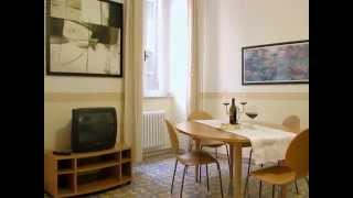 preview picture of video 'Apartment for rent in Rome - Holiday apartment near Trevi Fountain Rome'