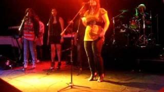 "Nive singing ""I don't wanna wait"" by Zewdy [live]"