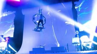 Drummer battle on Flying Octagon – by SANOSTRA