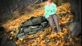 Thalía - Olvídame [Official Video]