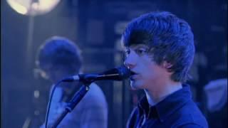 Arctic Monkeys - A Certain Romance @ The Apollo Manchester 2007 - HD 1080p