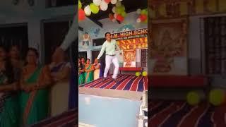 D.K.Dhirana ka mast dance