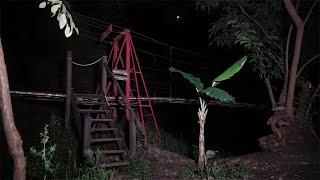 Selamat datang di #jurnalrisa  Penelusuran pertama di tahun 2020. Setiap tempat selalu memiliki cerita mistis beragam, kali ini tim jurnalrisa mencoba mencari tau mitos dan kejadian apa saja yang pernah terjadi di salah satu tempat wisata di Bandung.  Connect with me on social media:  Instagram : https://www.instagram.com/risa_sarasw... Fan page : https://www.facebook.com/risasaraswat... Twitter : https://twitter.com/risa_saraswati?la... Official Instagram Account of Tim Jurnalrisa : https://www.instagram.com/tim_jurnalr...  Music by : https://www.instagram.com/kevinrinaldi_/