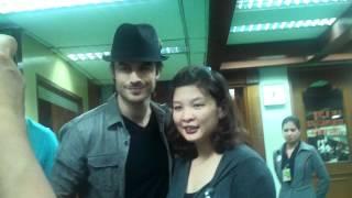 Нина Добрев и Йен Сомерхолдер, Ian Somerhalder's arrival in the Philippines