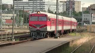 Дизель-поезд ДР1А-298/283 на ст. Вильнюс / DR1A-298/283 DMU at Vilnius station