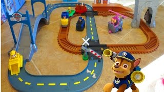 PAW PATROL ADVENTURE BAY RAILWAY & SKYE