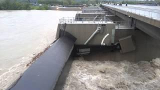 preview picture of video 'Entlastungsgerinne rinnt - Neue Donau - Wien'