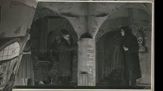 1949 De man in de monnikspij (foto's)