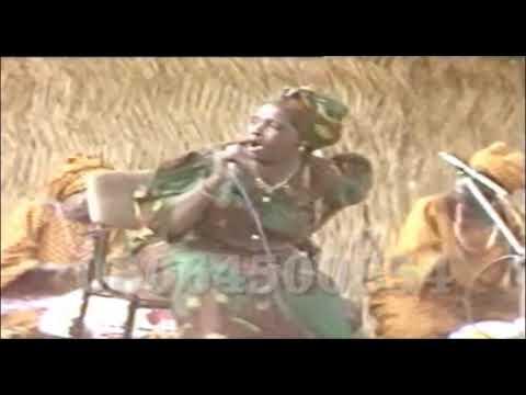 HAJIYA BARMANI  MAI CHOGE PROMINANT HAUSA MUSICIAN FROM AFRICA GIDAN KASHE AHU 1988