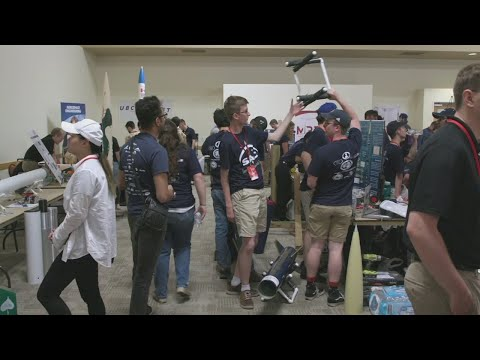 Engineering students compete in Spaceport America Cup