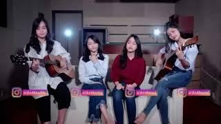 JKT48 Acoustic Fatin   Jingga Acoustic Cover (@DuniaManji)