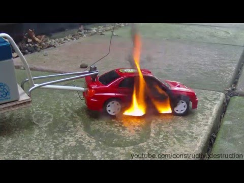 RC Car Battery Test Ends In Flames / Car Catches Fire / FAIL