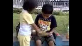 Sarapan Pagi Di Taman Dekat  Pantai Saat Akan Gempa Padang 2009