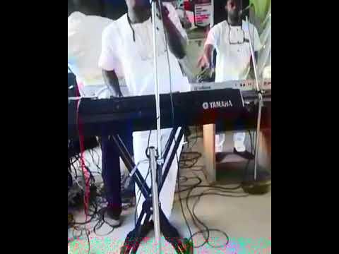 Lanre Clemzy Live in Akure