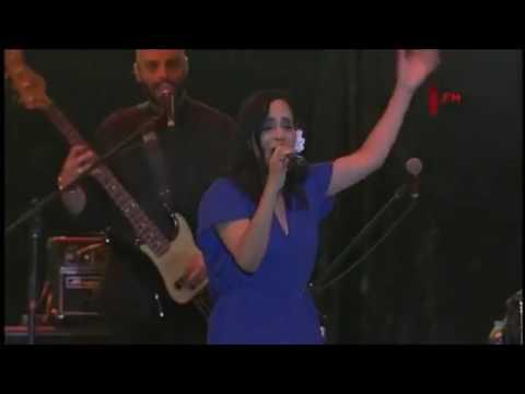Julieta Venegas - Algún Día (Vive Latino 2017)