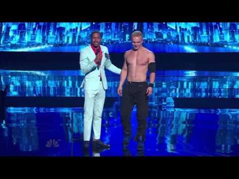 Alexander Magala  America's Got Talent season 8 episode 12 (видео)