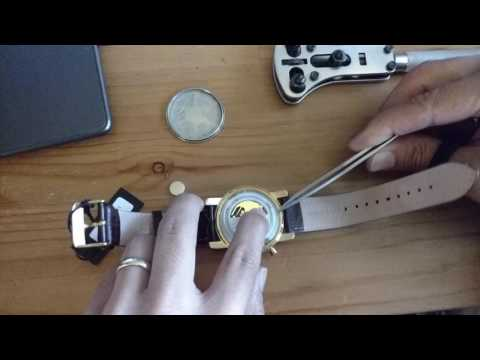 Lucien Piccard LP 12584 Battery Change Time lapse