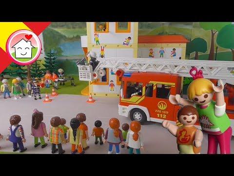 Playmobil policía en español Simulacrio de Incendio de los Bomberos en la Guardería