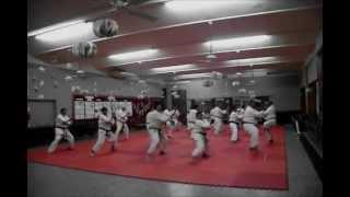 preview picture of video 'Encuentro Cinturones Negro Karate Shotokan La Falda 26 de mayo de 2012'