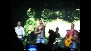 preview picture of video 'Sorriso Maroto - Assim Você Mata o Papai (Cabral 25/05/2013)'