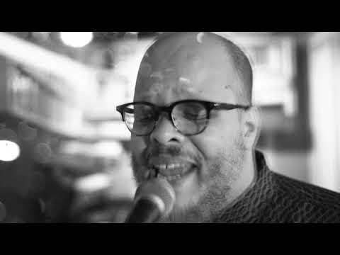 Ed Motta Video
