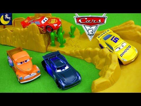 Disney Cars 3 Toys Lightning McQueen Jackson Storm Diecast Crash Willy's Butte Stunt Jump Playset