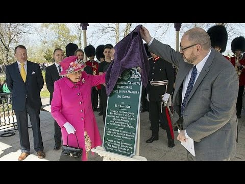 Βρετανία: Τα 90α της γενέθλια γιορτάζει η βασίλισσα Ελισάβετ