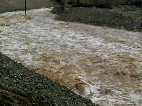 هبوط الامطار في كلباء وادي الحلو