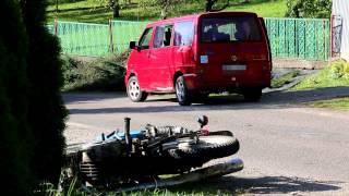 Zderzenie motocykla i samochodu w Równem