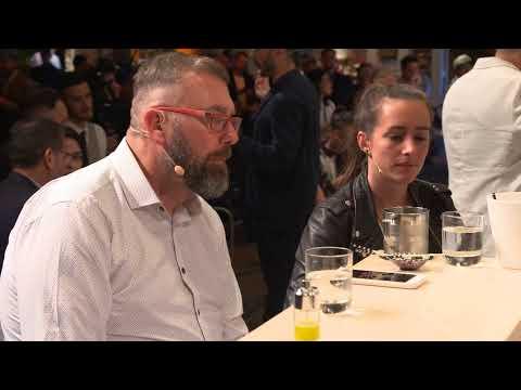 Bartenders dingen in Schiedam naar wereldtitel