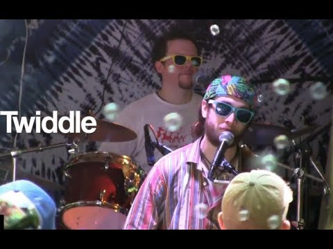 Twiddle - 'Zazu's Flight' live at Strange Creek 2011