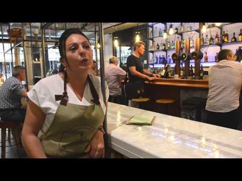 Elisa Romero (Manager)