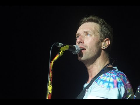 """COLDPLAY debut new single """"Miracles (Someone Special)"""" live - """"A Head Full Of Dreams Tour"""""""