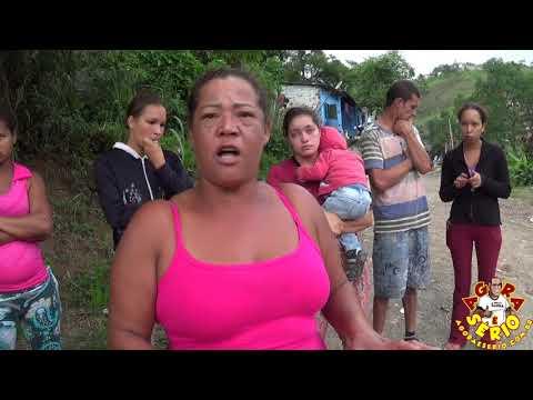 Moradores da Favela da Torre do Barnabés paga IPTU na Prefeitura de Juquitiba