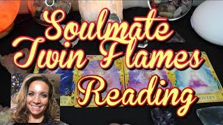 Soulmate Twin flames Reading - Masculine is waking up makes changes while Feminine heals