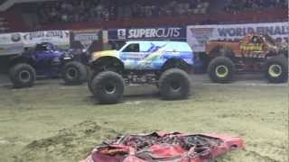 preview picture of video '2013 MonsterJam - Hooked Freestyle at Hampton Coliseum'