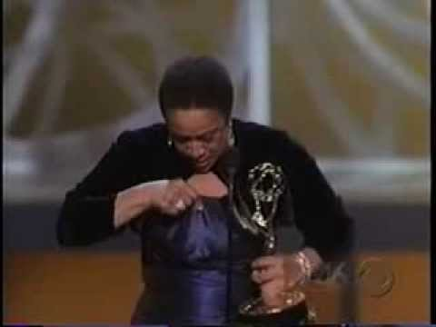 Download S. Epatha Merkerson Wins 2005 Emmy Award For Lead Actress In A Miniseries Or Movie HD Mp4 3GP Video and MP3