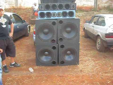 Paradao d Som em Bandeirante Pr e a galera d Cornelio tbm estav la DJ Wesley etc...
