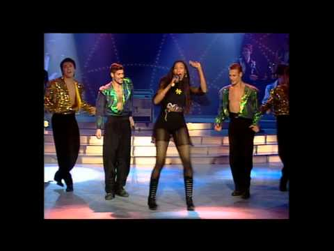 Corona - The Rhythm Of The Night - YouTube ▶5:01