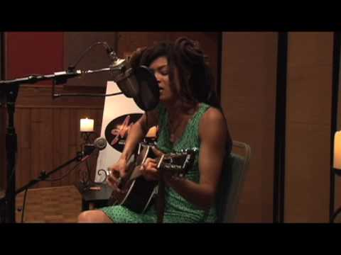 "Ardent Presents: Valerie June - ""Raindance"""