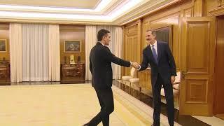 Su Majestad el Rey recibe a Don Pedro Sánchez Pérez-Castejón, del Partido Socialista Obrero Español