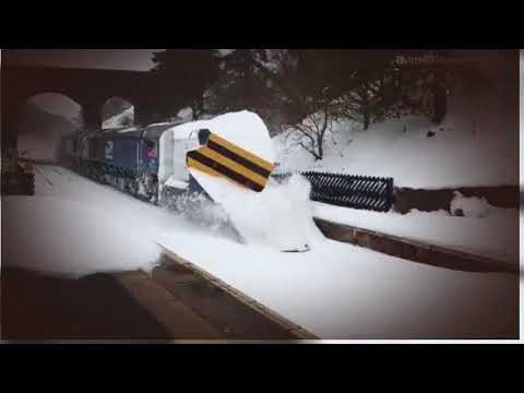 DRS 66304 & 66301 pass Dent on Settle & Carlisle snowplough …