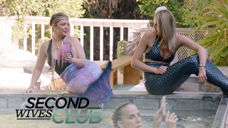 Will Katie Cazorlas Mermaid Party Be Drama-Free? | Second Wives Club | E!