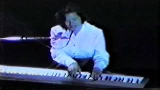 10,000 Maniacs - How You've Grown (1992) Carnegie Hall, NY