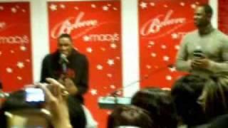 Brian McKnight & Sons Brian Jr. & Nikko - Let It Snow